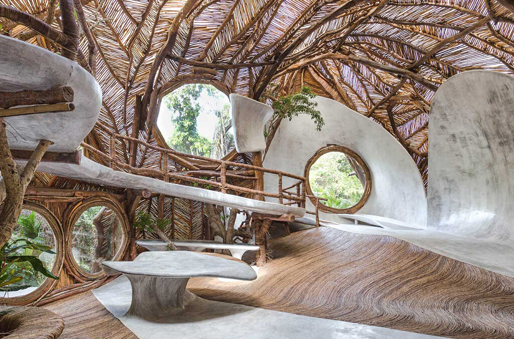 Siobhan Reid's: Tulum's Newest Art Gallery Is in a Treehouse